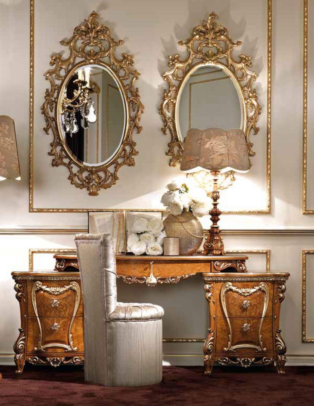 Туалетный стол с резными элементами Signorini Coco Caractere